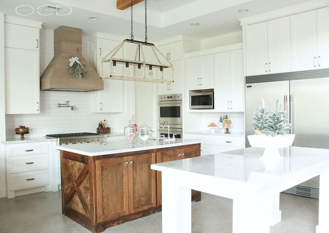 White Farmhouse Kitchen. White Farmhouse Kitchen. White Farmhouse Kitchen Paint Color: Cabinet paint color is Sherwin Williams Extra White. White Farmhouse Kitchen. White Farmhouse Kitchen <White Farmhouse Kitchen> #WhiteFarmhouseKitchen Beautiful Homes of Instagram organizecleandecorate