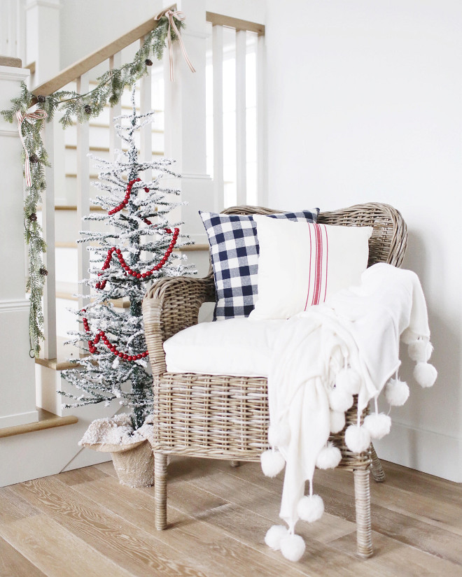 Wicker Chair. Farmhouse interior ideas. Wicker Chair. Adding a Wicker Chair is an affordable and charming addition to your foyer. Farmhouse interiors. #Wickerchair #farmhouseinteriors Instagram Beautiful Homes of Instagram @NC_HomeDesign