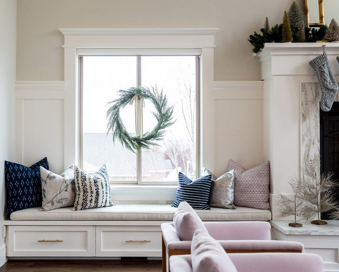 Window seat flanking fireplace. Window seat flanking fireplace design. Window seat flanking fireplace ideas. #Windowseatflankingfireplace Studio McGee