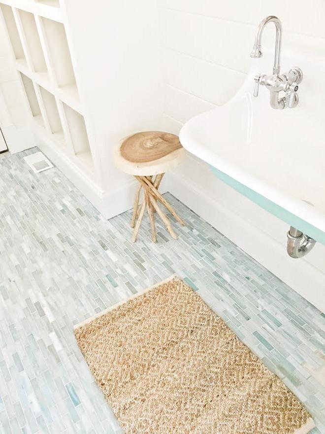Aqua Tile. Bathroom with aqua tile. Aqua tiling. Aqua tile ideas #Aquatile #aquatiling #bathroomtile #bathroomaquatile Amy Studebaker Design