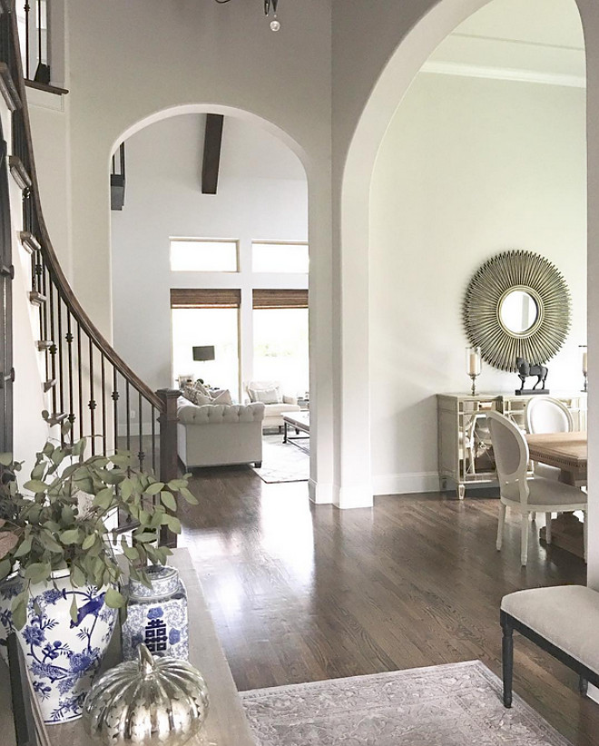 Archway. Archways from foyer to dining room and living room. Archways from foyer to dining room and living room #Archway #Archways #foyerarchway #diningroom#Archway #livingroom#Archway Beautiful Homes of Instagram: classicstylehome