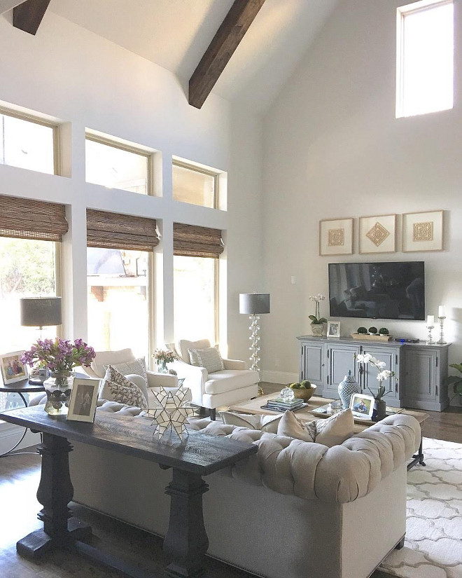 Farmhouse Living room Paint Color. Grey Farmhouse living room Paint Color. Grey Farmhouse living room Paint Color Ideas #GreyFarmhouse #Farmhouse #Farmhouselivingroom Paint Color #GreyFarmhouselivingroom #Greylivingroom #livingroom #PaintColor Beautiful Homes of Instagram: classicstylehome