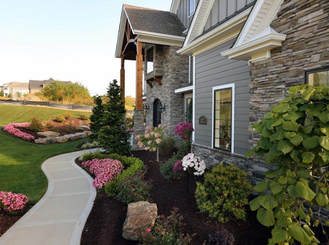 Front garden. Front yard garden. Entry garden #Garden Barrington Homes Inc.