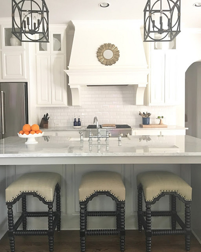 Kitchen Stools. The barstools are from High Fashion Home. Kitchen stools #kitchenstools Beautiful Homes of Instagram: classicstylehome