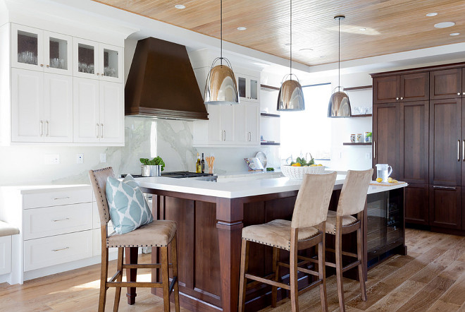 Modern kitchen. Coastal contemporary kitchen design. Coastal contemporary kitchen with marble slab backsplash, white oak hardwood floors and beadboard ceiling. #Modernkitchen #Coastalcontemporarykitchen #Coastalcontemporarykitchendesign #marbleslabbacksplash #whiteoakhardwoodfloors #beadboardceiling