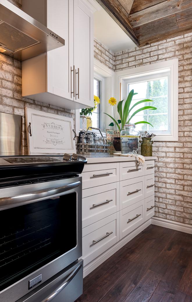 Oversized Kitchen Pulls. Kitchen hardware. Oversized Kitchen Pulls. The oversized kitchen pulls are from Richelieu. #OversizedKitchenPulls #KitchenPulls #KitchenHardware Hardcore Renos