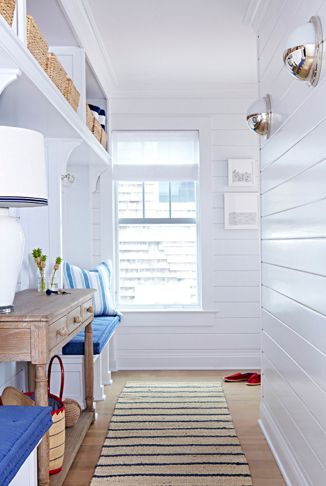 Decorator's White Benjamin Moore. CC20 Decorator's White Benjamin Moore. Crisp white shiplap paint color Decorator's White Benjamin Moore. Decorator's White Benjamin Moore #DecoratorsWhiteBenjaminMoore #DecoratorsWhitecc20BenjaminMoore #CC20DecoratorsWhiteBenjaminMoore #shiplap #paintcolor #whiteshiplappaintcolor Chango & Co.