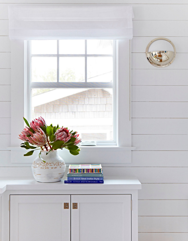 White Shiplap Paneling. White Shiplap Paneling add a coastal feel to the interiors of this home. White Shiplap Paneling. White Shiplap Paneling #WhiteShiplap #Paneling #WhiteShiplapPaneling #ShiplapPaneling Chango & Co.