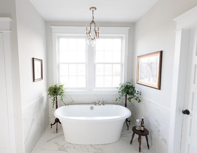 Bath Nook with ceramic wall tile. Bath Nook with ceramic wall tile ideas #BathNook #ceramicwalltile Beautiful Homes of Instagram @greensprucedesigns