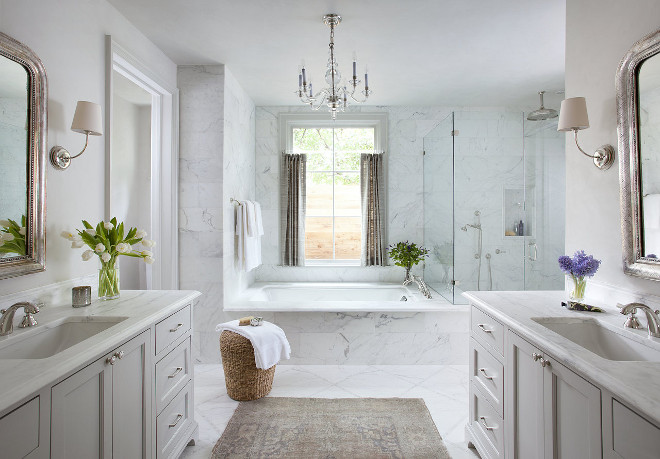 Bathroom. White bathroom. White bathroom layout. White bathroom #whitebathroom #bathroom #bathroomlayout Ryan Street & Associates. Interior Design by Studio Seiders.
