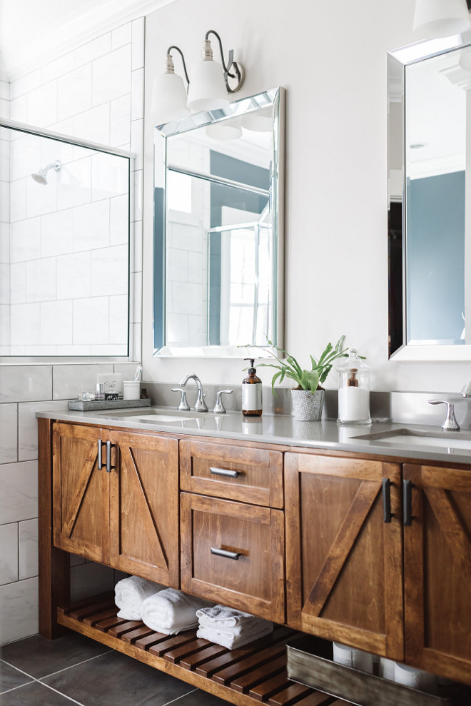 Farmhouse Bathroom Vanity. Farmhouse Bathroom Vanity Design. Farmhouse Bathroom Vanity Design Ideas #FarmhouseBathroomVanity #BathroomVanity #Farmhousebathroom Beautiful Homes of Instagram @thegraycottage