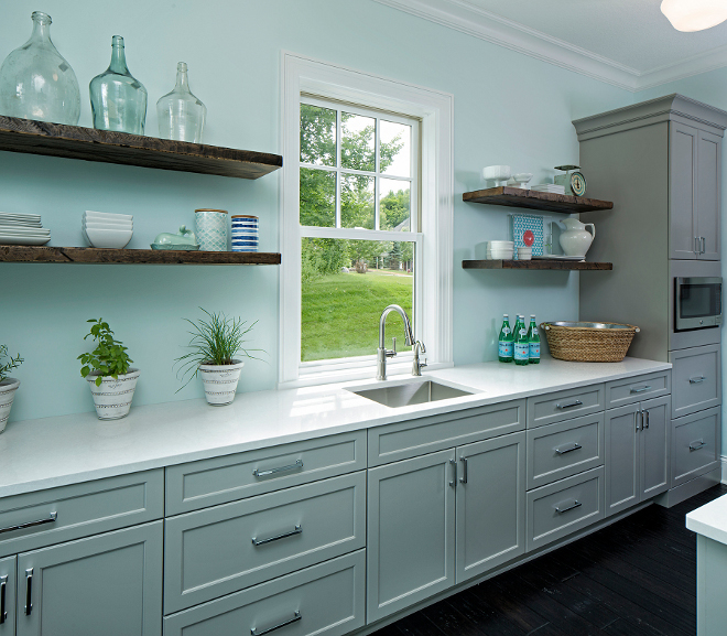 Farmhouse butler's pantry with grey cabinets and reclaimed wood floating shelves, Farmhouse butler's pantry design Farmhouse butler's pantry, This farmhouse-inspired butler's pantry feature grey cabinets and reclaimed wood floating shelves  #Farmhousebutlerspantry #greycabinets #reclaimedwoodshelves #floatingshelves Grace Hill Design