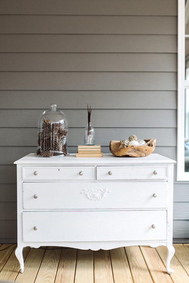 Farmhouse porch with vintage dresser, Farmhouse front porch with vintage dresser painted in white #Farmhouseporch #porch #vintagedresser Beautiful Homes of Instagram @thegraycottage
