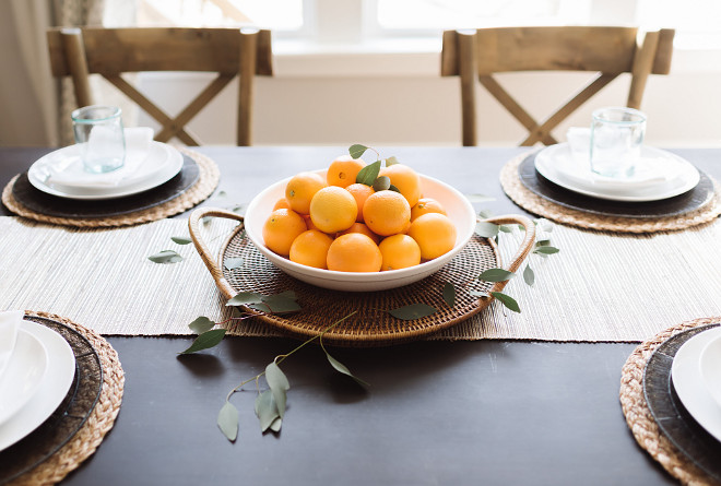 Farmhouse table centerpiece, Farmhouse table centerpiece ideas, Farmhouse table centerpiece #Farmhousetablecenterpiece Beautiful Homes of Instagram @thegraycottage