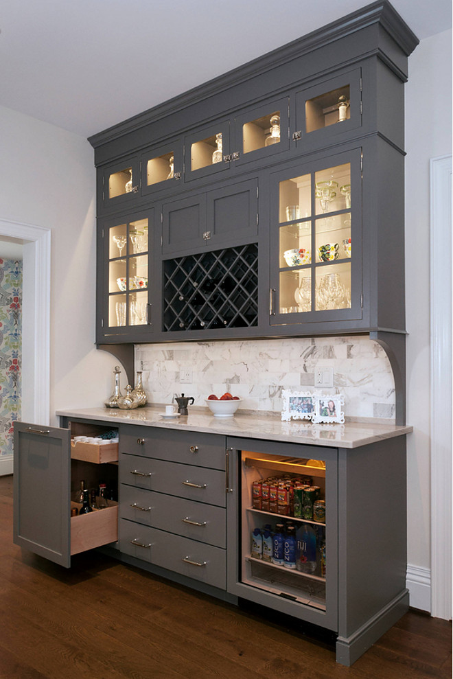 Gauntlet Gray SW7019 Sherwin Williams, Dark Grey Cabinet Paint Color Gauntlet Gray SW7019 Sherwin Williams, Gauntlet Gray SW7019 Sherwin Williams #GauntletGraySW7019SherwinWilliams #GauntletGraySherwinWilliams #SW7019SherwinWilliams #SherwinWilliamsPaintColors Evalia Design, LLC