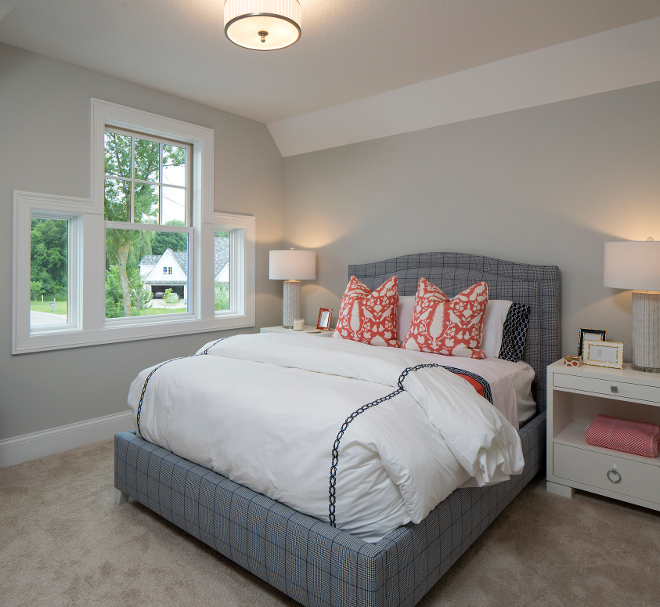Benjamin Moore 1479 Alaskan Husky Grey bedroom paint color, Light grey bedroom paint color Benjamin Moore 1479 Alaskan Husky, Benjamin Moore Light Grey Bedroom Paint Color #BenjaminMoore #LightGrey #Bedroom #PaintColor #BenjaminMoore1479AlaskanHusky #BenjaminMooreAlaskanHusky Grace Hill Design