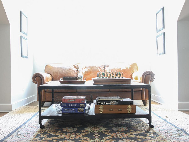 Industrial Coffee Table. Thrifted industrial coffee table. #industrialcoffeetable #thriftedfurniture Beautiful Homes of Instagram @greensprucedesigns