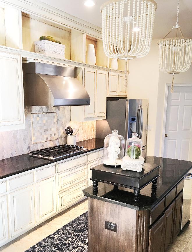 Kitchen Bead Pendants, Kitchen features bead pendants Pendants Safavieh Beaded 3 light Angie pendant in cream from Overstock #Kitchen #beadpendants Beautiful Homes of Instagram @thriftyniftynest