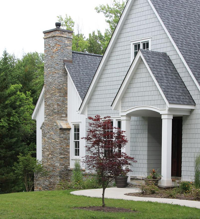 Light grey shingle home exterior. Light grey shingle home exterior ideas. Light grey shingle home exterior paint color. Light grey shingle home exterior is Hardie Shingle, Light Mist. #HardieShingle #LightMist #Lightgreyshingle #homeexterior #Lightgreyshingleexterior Beautiful Homes of Instagram @greensprucedesigns