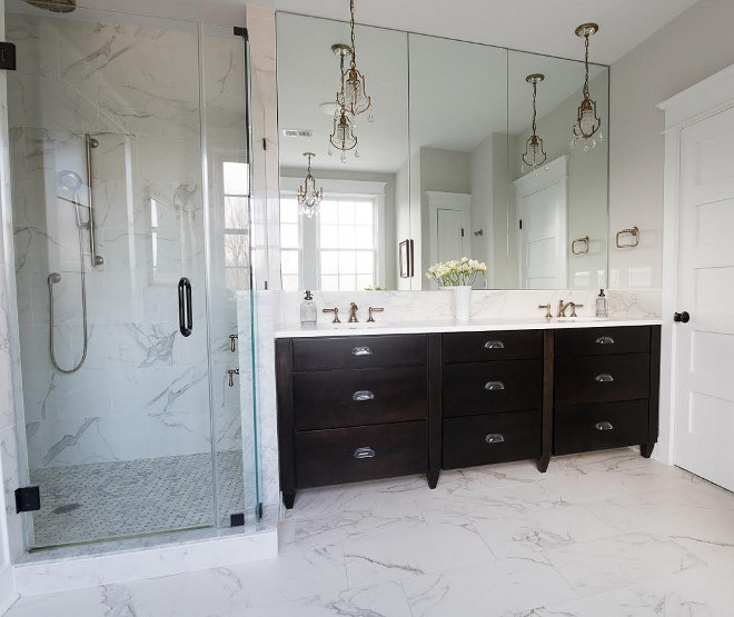 Master Bathroom. Master bathroom with Diamond Cabinets, Trystan Chocolate #bathroom #bathroomcabinet Beautiful Homes of Instagram @greensprucedesigns