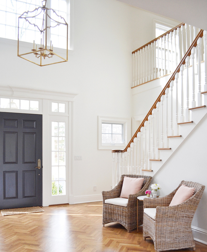 Benjamin Moore 1631 Midnight Oil. Front door paint color is Benjamin Moore 1631 Midnight Oil. Benjamin Moore 1631 Midnight Oil #BenjaminMoore1631MidnightOil #BenjaminMooreMidnightOil #BenjaminMoorePaintColors Beautiful Homes of Instagram @HomeSweetHillcrest
