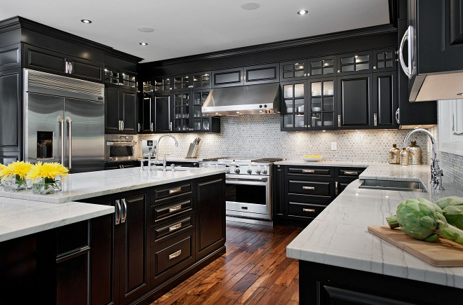 Black kitchen with Super White Quartzite. Black kitchen with Super White Quartzite Countertop. Black kitchen with Super White Quartzite. Black kitchen with Super White Quartzite Countertop #Blackkitchen #SuperWhiteQuartzite #Quartzite #SuperWhite #QuartziteCountertop Laurysen Kitchens Ltd.