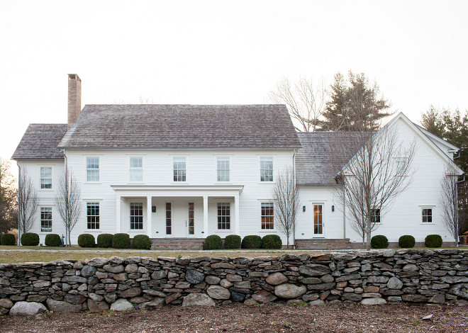Classic White Farmhouse Exterior, Classic white farmhouse with front porch Classic White Farmhouse Exterior Ideas, Classic White Farmhouse Exterior #ClassicWhiteFarmhouseExterior #WhiteFarmhouseExterior #WhiteFarmhouse #farmhouseporch Chango & Co