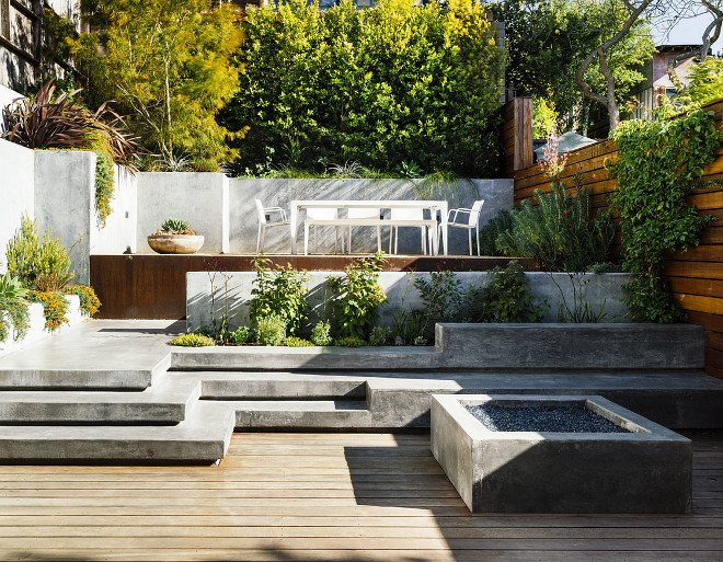 Concrete and wood deck John Maniscalco Architecture