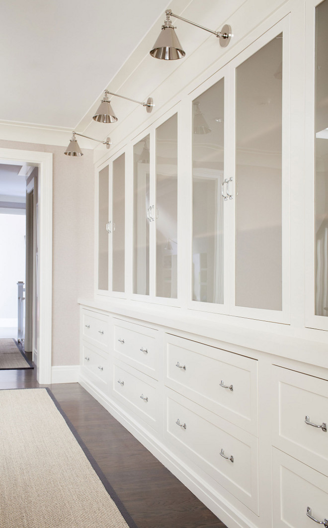 Hall Linen Built ins, Hall Linen Built in design, Linen closet with Lighting, Hall Linen Built ins #HallLinenBuiltins #LinenBuiltins #LinenCloset Chango & Co