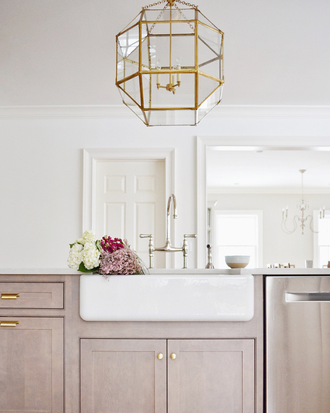 Kitchen Sink and Kitchen Light. Kitchen Sink and Kitchen Light. Kitchen Sink and Kitchen Light. Kitchen Sink and Kitchen Light #Kitchen #Sink #KitchenLight Beautiful Homes of Instagram @HomeSweetHillcrest