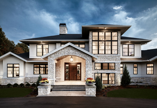 Modern Farmhouse Exterior. Modern Farmhouse Exterior with arched entry. Modern Farmhouse Exterior Modern Farmhouse Exterior with arched wntry. Modern Farmhouse Exterior #ModernFarmhouse #ModernFarmhouseExterior #FarmhouseExterior #farmhouse #archedentry Visbeen Architects