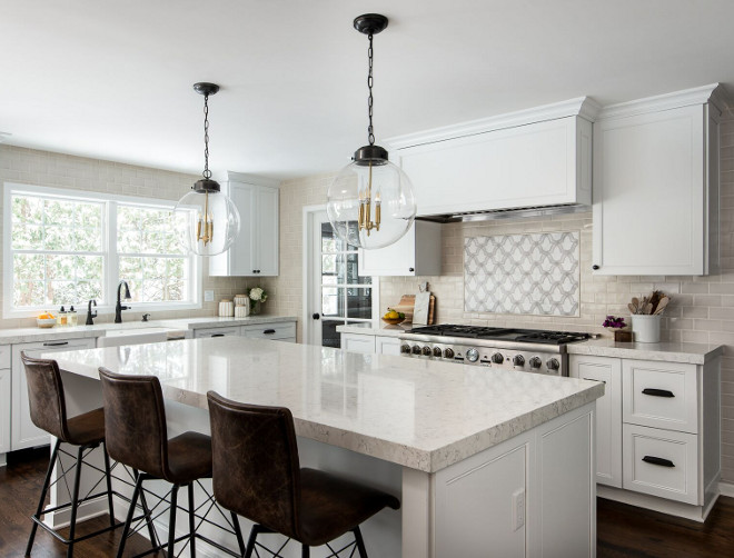New & Fresh Off-white Kitchen Design - Home Bunch Interior Design Ideas