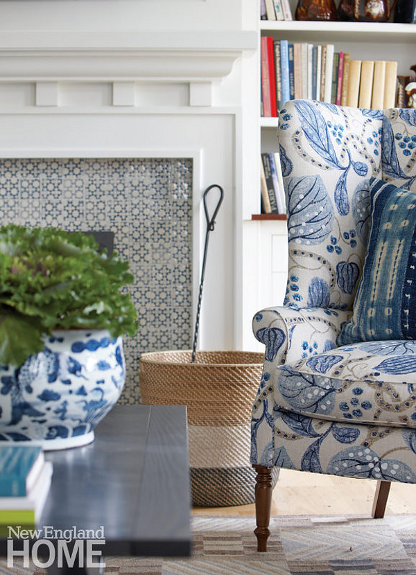 Blue and white inteirors. Classic Blue and white inteiror ideas. The prevailing theme is blue and white in a variety of patterns and textures. Blue and white inteirors. Blue and white inteirors. Blue and white inteirors #Blueandwhiteinteirors #Blueandwhite #inteirors Nancy Serafini