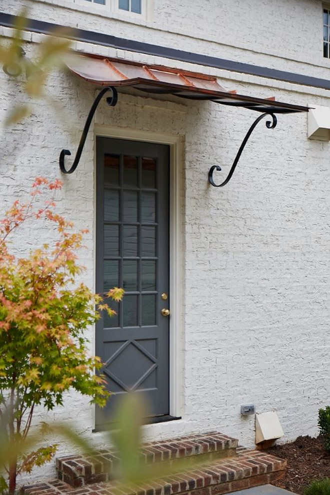 Creamy White Brick Exterior. Creamy White Brick Exterior with grey front door #CreamyWhiteBrick #CreamyWhiteBrickExterior #CreamyWhiteBrick #WhiteBrickExterior #greyfrontdoor Tammy Coulter Design - Grandfather Homes