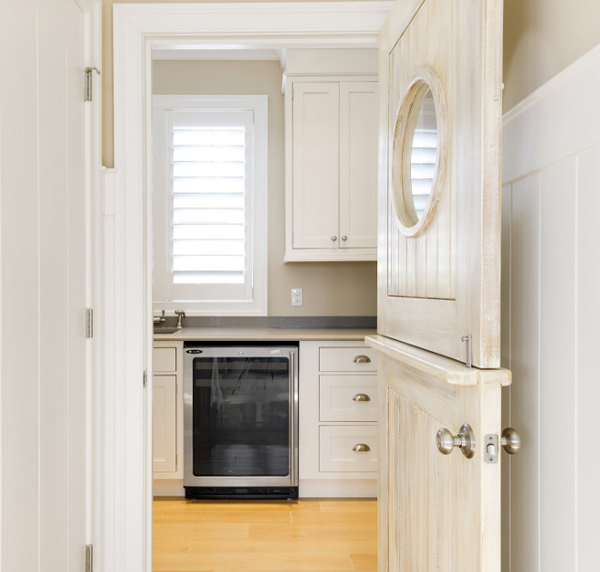 Dutch Door. Pantry Dutch Door. Butlers Pantry Dutch Door Ideas #DutchDoor #Pantry #Butlerspantry Echelon Custom Homes