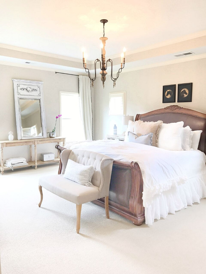 Farmhouse Bedroom. Farmhouse Master Bedroom. Neutral Farmhouse Master Bedroom. Farmhouse Master Bedroom #FarmhouseMasterBedroom #FarmhouseBedroom Beautiful Homes of Instagram @sugarcolorinteriors