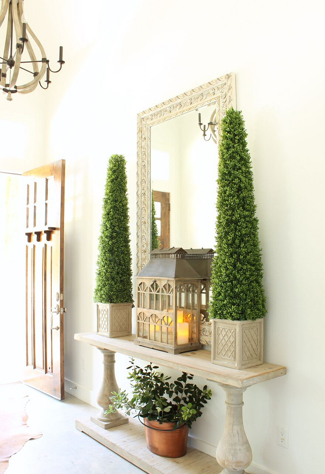 Foyer Console Table Decorating Ideas. Foyer Console Table Decor. Foyer Console Table with Topiaries. Foyer Console Table Decorating Ideas Foyer Console Table Decorating Ideas #Foyer #ConsoleTable #DecoratingIdeas #FoyerDecoratingIdeas Beautiful Homes of Instagram @organizecleandecorate