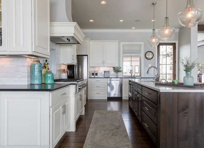 Kitchen Layout. Kitchen Layout Ideas. Kitchen Layout. This kitchen feels spacious yet easy to work within the space. Kitchen Layout. Kitchen Layout #Kitchen #Layout #KitchenLayout Restyle Design, LLC.