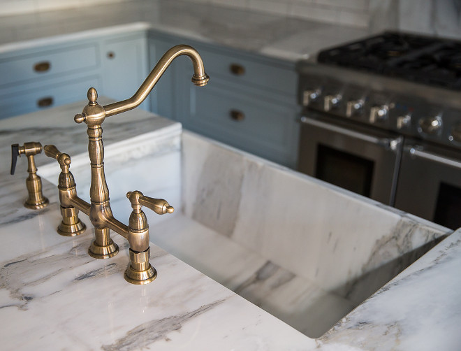 Marble Farmhouse Sink. Slab Sink. Slab farmhouse sink. Marble Farmhouse Sink. Slab Sink. Slab farmhouse sink #MarbleFarmhouseSink #SlabSink #Slabfarmhousesink #farmhousesink #sink Home Bunch's Beautiful Homes of Instagram @addisonswonderland