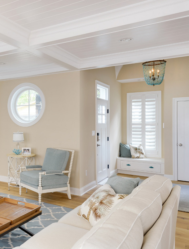 Open Foyer with built in window seat. Open Foyer with built in window seat. The turquoise beaded chandelier is a Ethan Allen Valerie Chandelier. Open Foyer with built in window seat ideas. #OpenFoyer #foyer #builtin #windowseat Echelon Custom Homes