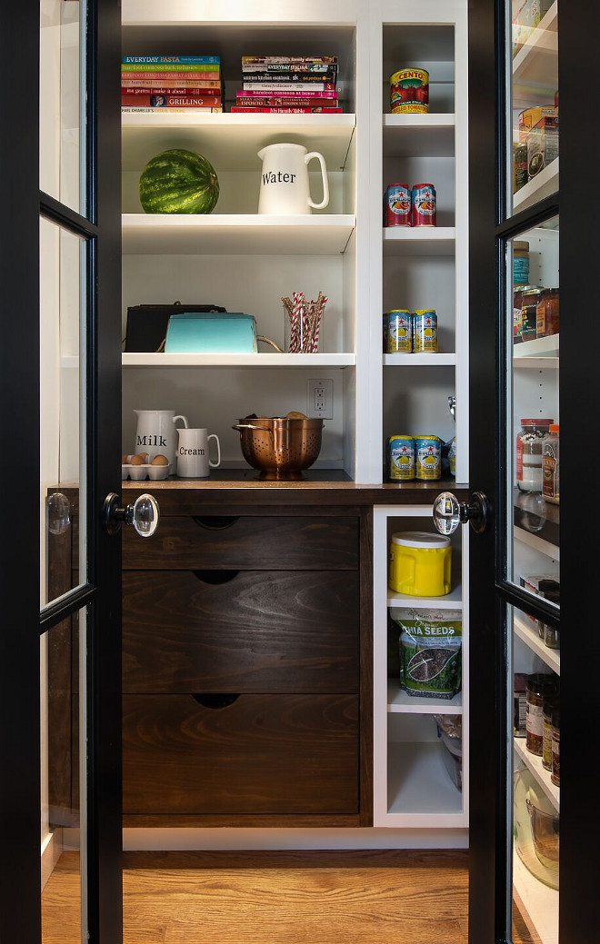 Pantry - farmhouse pantry