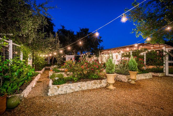 Raised Beds. Raised Garden Beds. Modern farmhouse with raised garden beds. #RaisedBeds #gardens #RaisedGardenBeds #Modernfarmhouse #Modernfarmhousegardens #gardenbeds Van Wicklen Design