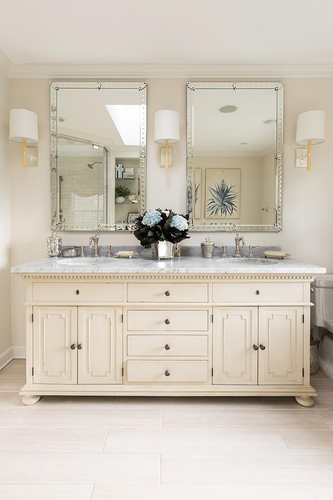 Traditional Bathroom Vanity. Traditional Bathroom. Traditional Bathroom Vanity Design. Traditional Bathroom Design #TraditionalBathroomVanity #TraditionalBathroom #TraditionalBathroomVanityDesign #TraditionalBathroomDesign Casabella Interiors