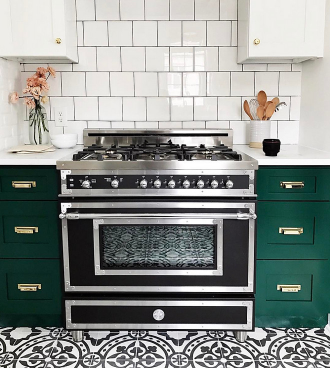 Two toned white and green kitchen. Two toned kitchen. Two toned white and green kitchen. Range is Bertazzoni. Two toned kitchen. Two toned white and green kitchen. Two toned kitchen. #Twotonedkitchen #whiteandgreenkitchen #Twotonedkitchen Studio McGee
