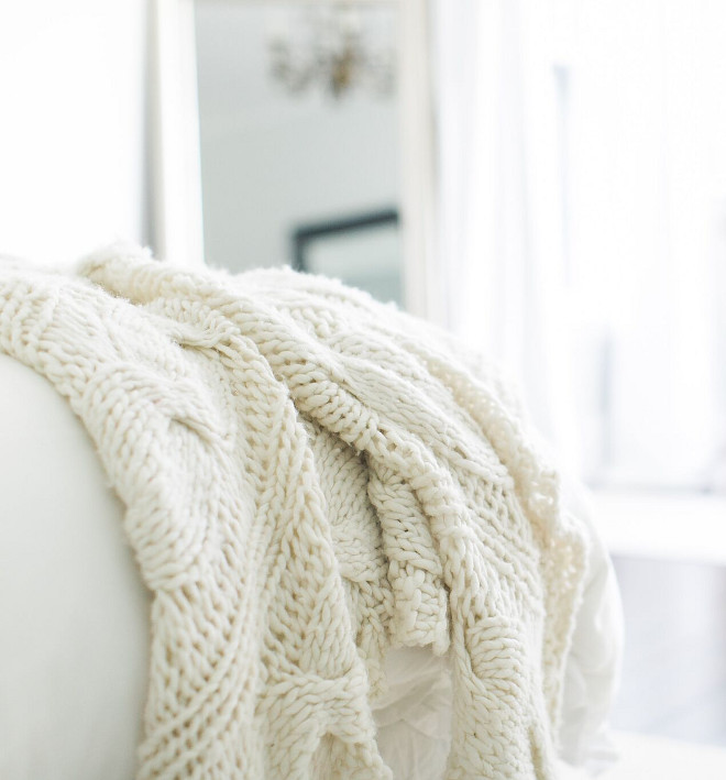 Bed Throw. A knit throw brings texture and a soft feel to this bedroom. Knit Throw is from Ethan Allen. #BedThrow #throw #knitthrow Home Bunch Beautiful Homes of Instagram @finding__lovely