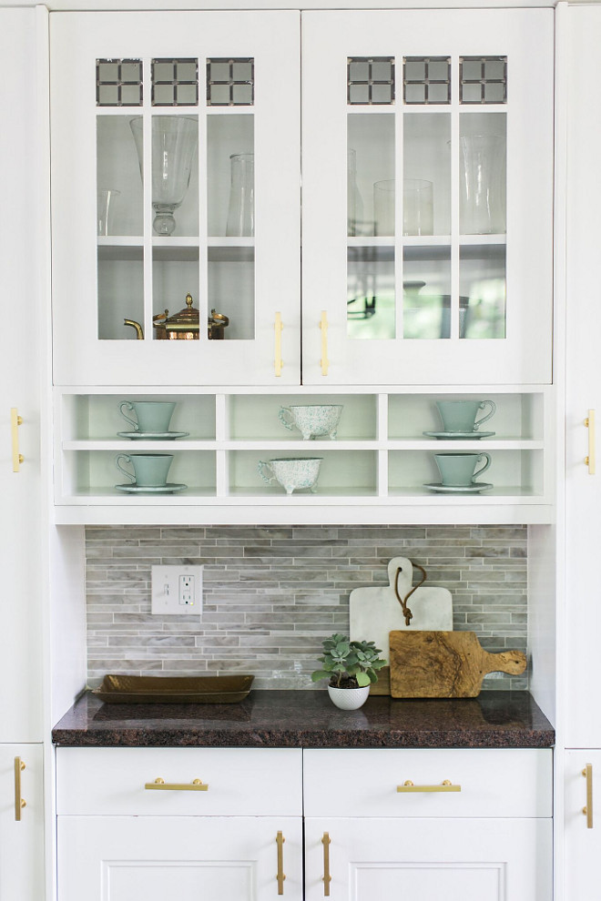 Benjamin Moore OC-65 Chantilly Lace Kitchen Cabinet Benjamin Moore OC-65 Chantilly Lace Kitchen Cabinet Paint Color. Benjamin Moore OC-65 Chantilly Lace #BenjaminMooreOC65ChantillyLace #kitchen #cabinet #paintcolor #BenjaminMooreOC65ChantillyLacekitchen #BenjaminMooreOC65ChantillyLacecabinet #BenjaminMooreOC65ChantillyLacepaintcolor #BenjaminMooreOC65 #BenjaminMooreChantillyLace #BenjaminMoorePaintcolors Home Bunch Beautiful Homes of Instagram @finding__lovely