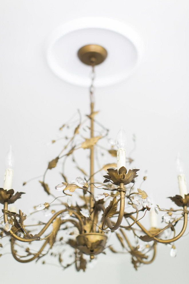 Brass Chandelier. Brass Chandeliers. Ballard Design brass chandelier Brass Chandelier #BrassChandelier Home Bunch Beautiful Homes of Instagram @finding__lovely