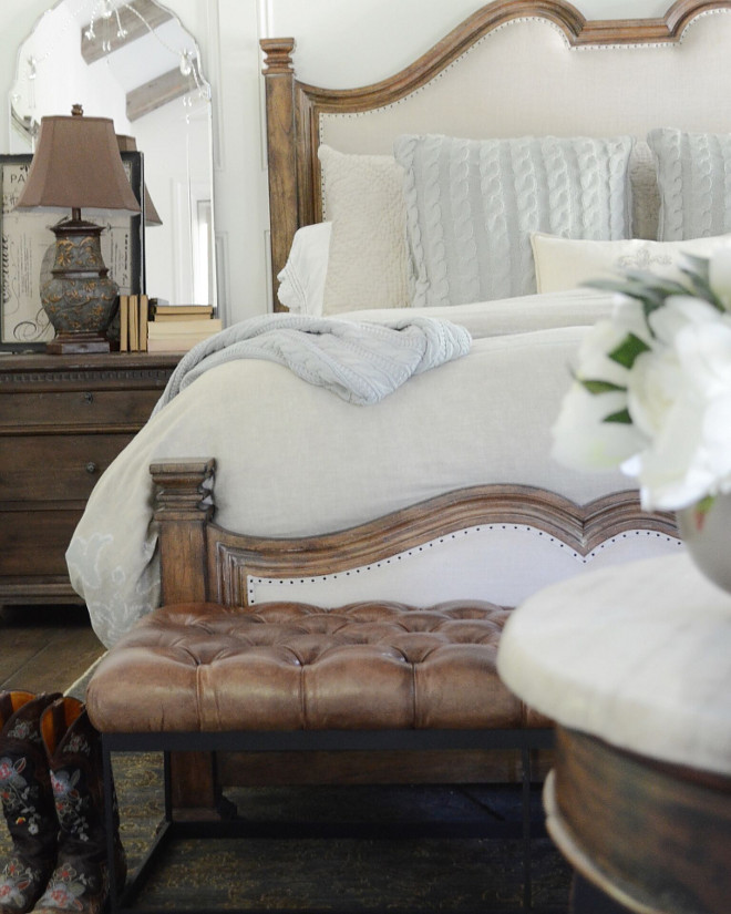Farmhouse Bedroom. Beautiful Homes of Instagram @SanctuaryHomeDecor