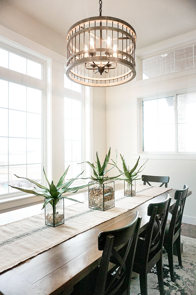 Farmhouse Dining Room. Farmhouse Dining Room Lighting. Farmhouse ding room with wood chandelier. Farmhouse Dining Room Table. Farmhouse Dining Room Chairs. Farmhouse Dining Room Decor #FarmhouseDiningRoom #FarmhouseDiningRoomLighting #woodchandelier #FarmhouseDiningTable #FarmhouseDiningRoomChairs #FarmhouseDiningRoomDecor Home Bunch's Beautiful Homes of Instagram @household no.6