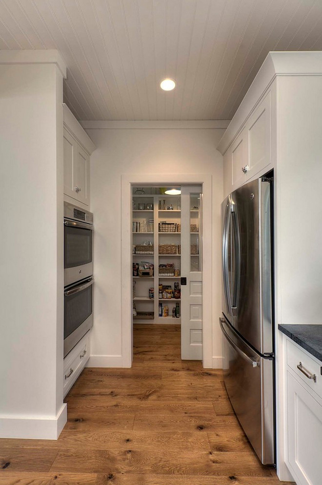 Farmhouse Pantry. Farmhouse Kitchen Pantry. Farmhouse Kitchen Pantry Ideas. #FarmhouseKitchenPantry #KitchenPantry #Pantry #FarmhousePantry